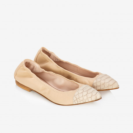 Two-tone Pointed-toe Flats