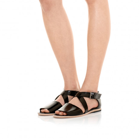 Crossed Flat Sandal